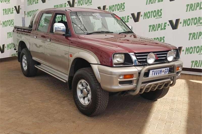 1999 Mitsubishi Colt