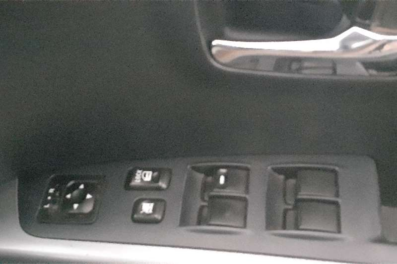 Mitsubishi Outlander Mitsubishi Outlander 2.4 GLS 4x4 automatic transmi 2011