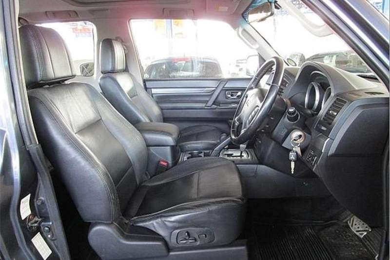 Mitsubishi Pajero 3-Door 3.2DI-D GLS 2009