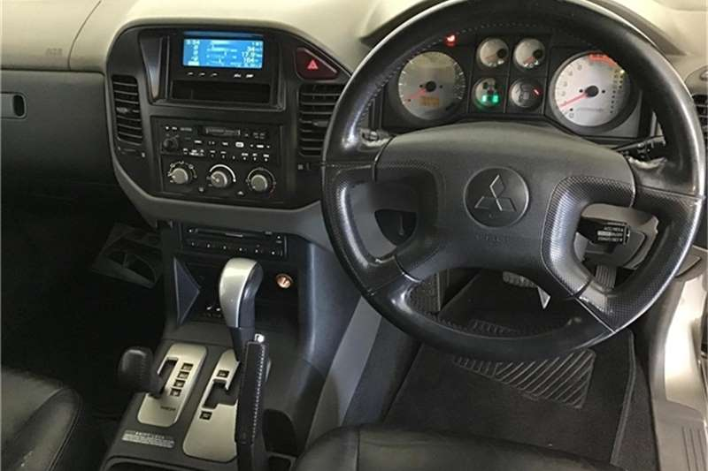 Mitsubishi Pajero 3 door 3.8 GLS 2004