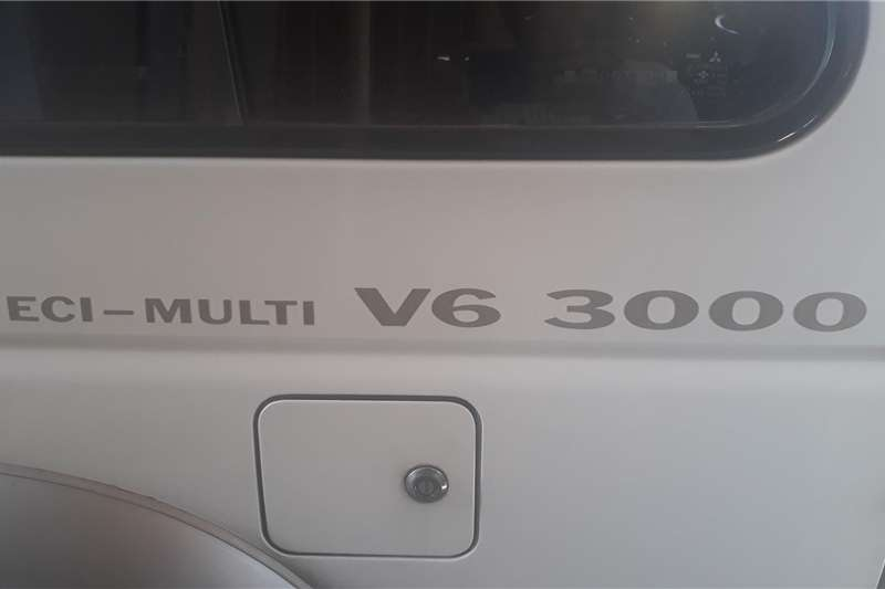 Mitsubishi Pajero 3 door 3.8 GLS Exceed 2001