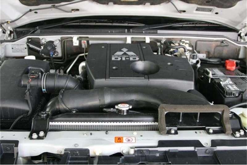 Mitsubishi Pajero 5 door 3.2DI D GLS 2015