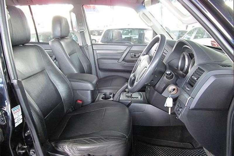 Mitsubishi Pajero 5-door 3.2DI-D GLX 2010
