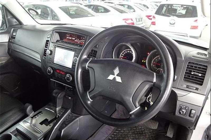 Mitsubishi Pajero 5-Door 3.2DI-D GLX 2012
