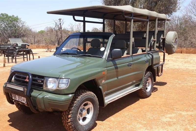Mitsubishi Pajero 5 door 3.8 GLS 2000