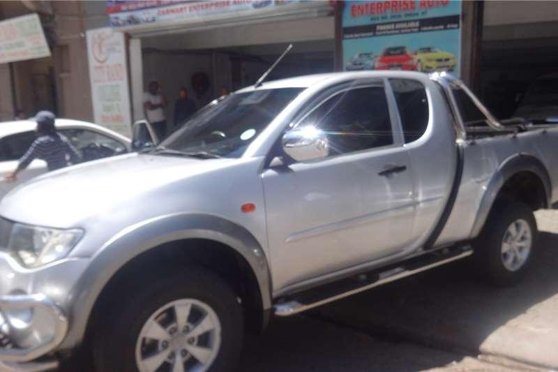 Mitsubishi Triton 2.0 2010