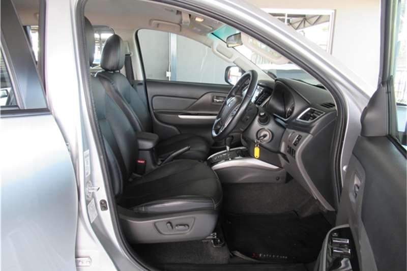 Mitsubishi Triton 2.4DI-D double cab auto 2017