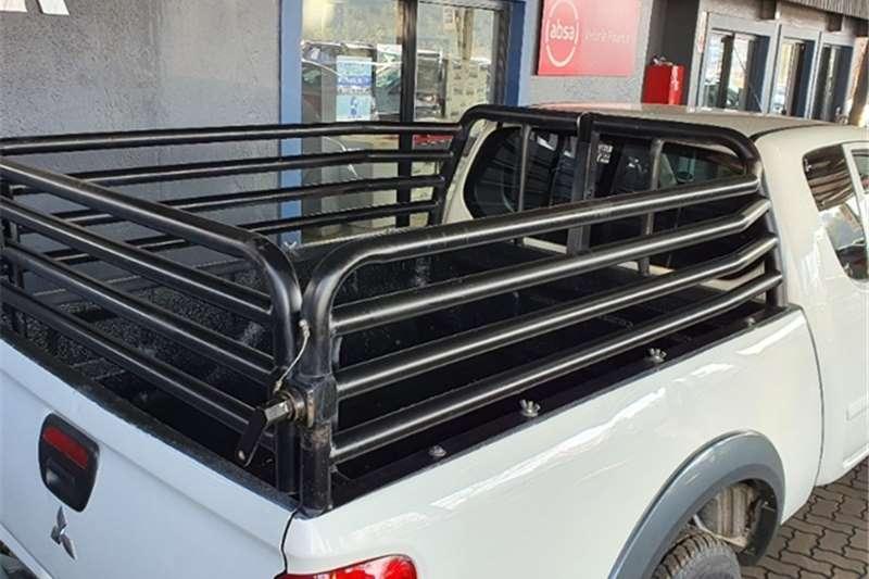 Mitsubishi Triton 2.5DI D ClubCab 2012