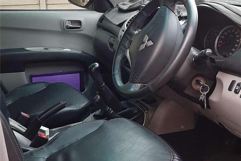 Mitsubishi Triton 3.2DI D 4x4 double cab 2011