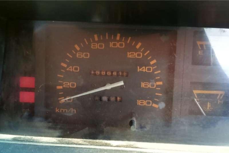 Nissan 1 Tonner 1989