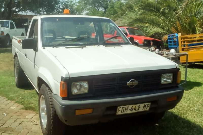 Nissan 1400 1998