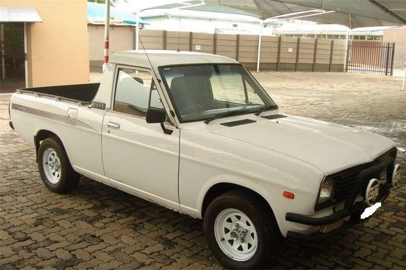 Used 2002 Nissan 1400