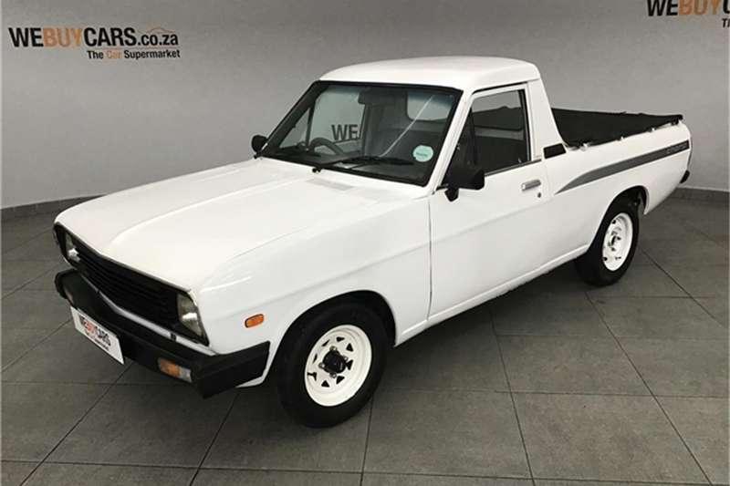 2001 Nissan 1400