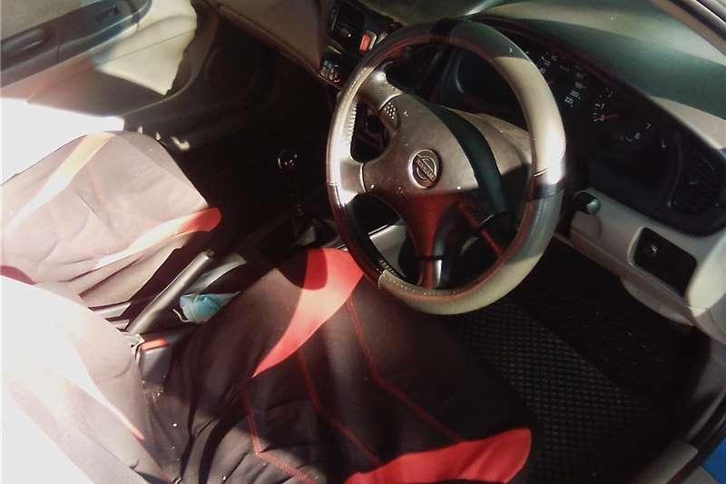 0 Nissan Almera