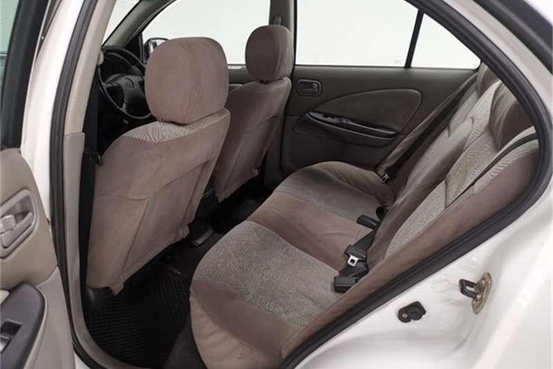 2002 Nissan Almera