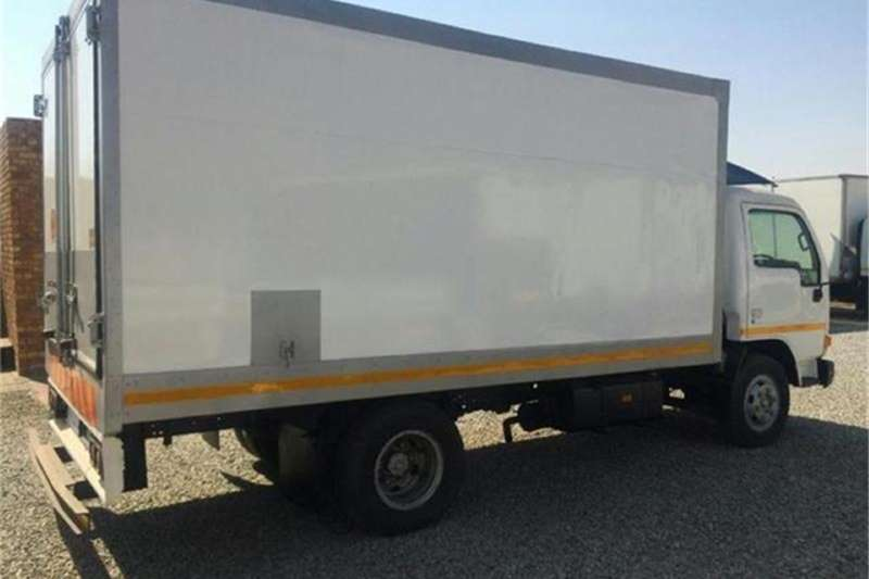 Nissan Commercial UD 35 A (M01) 2006