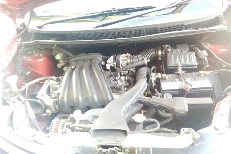 Nissan Grand Livina 1.6 Acenta 2011
