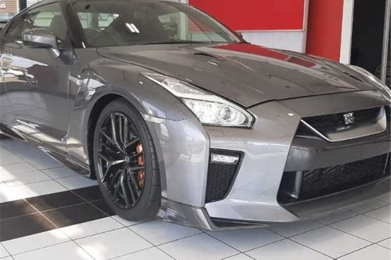 2020 Nissan GT-R Black Edition