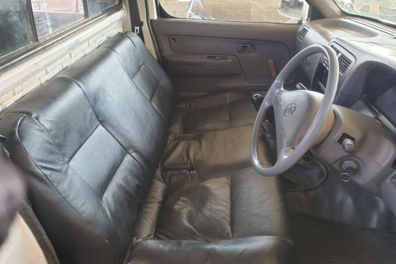 Used 2000 Nissan Hardbody 2.0 16V LWB