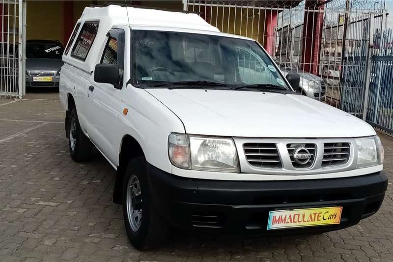 Nissan Hardbody 2.0 16V LWB power steer 2007