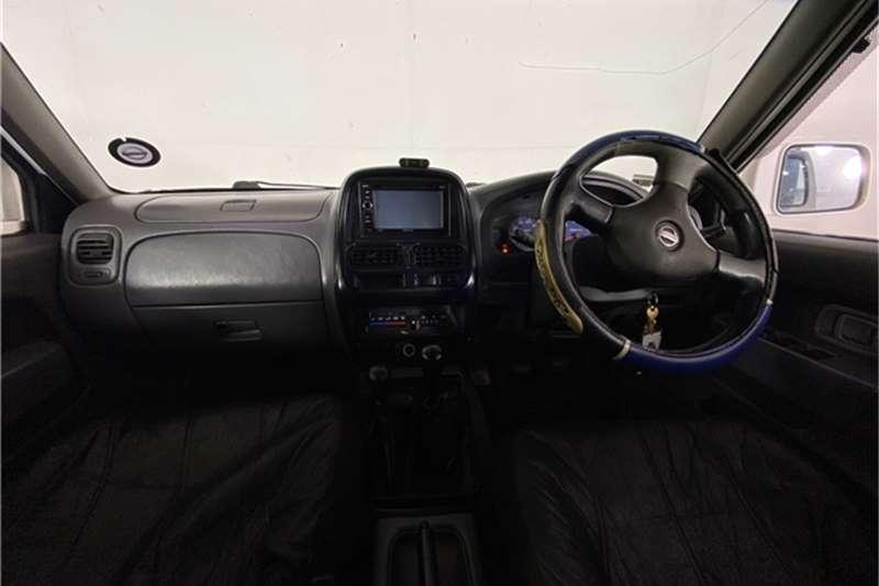 Used 2004 Nissan Hardbody 2.4 16V double cab Hi Rider SE