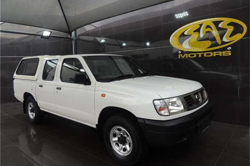 Used 2004 Nissan Hardbody 2.7D double cab