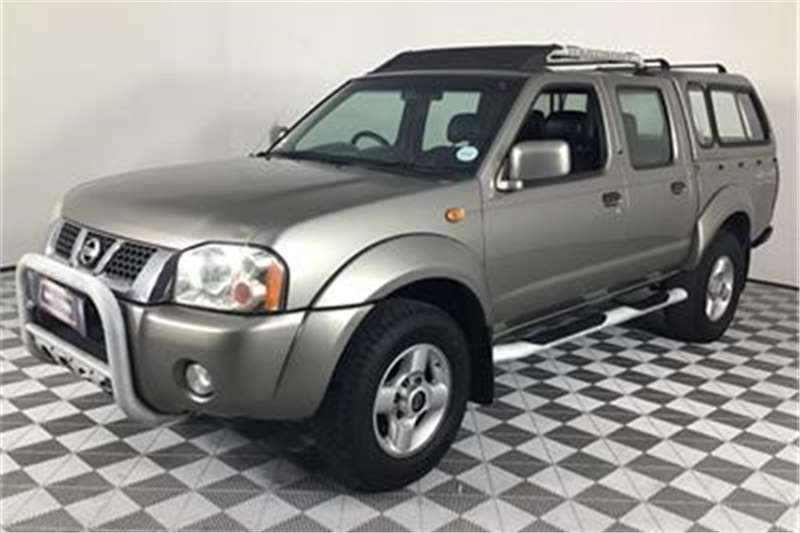 Nissan Hardbody 3.3 V6 double cab 4x4 SEL automatic 2003