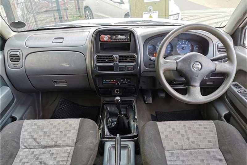Nissan Hardbody NEW 2.4I SL P/U D/C 2001