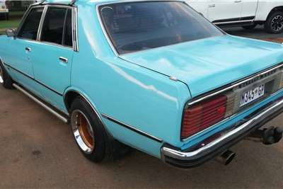 Nissan Laurel 2.8 straight 6 1981