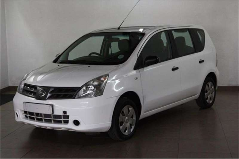Nissan Livina 1.6 Visia 2012