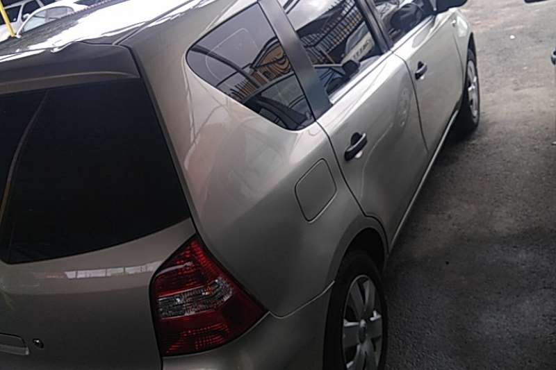 Used 2009 Nissan Livina