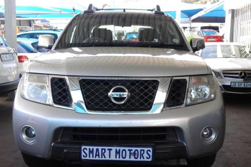 Nissan Navara 2.5dCi automatic 2010