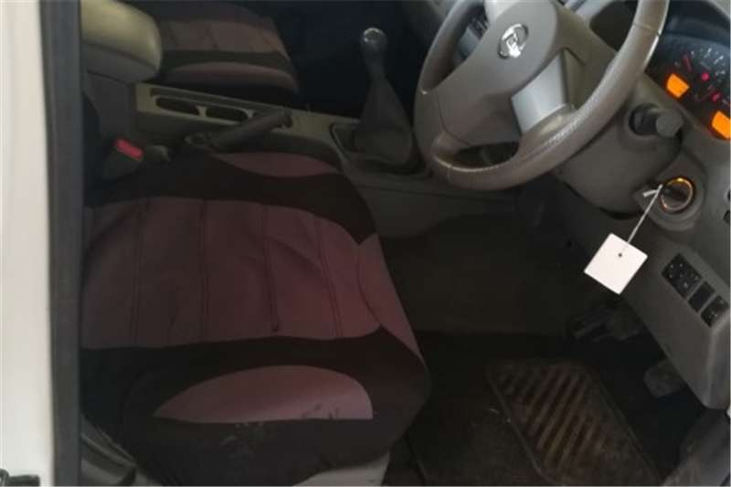 Nissan Navara 2.5dCi double cab 4x4 SE 2010
