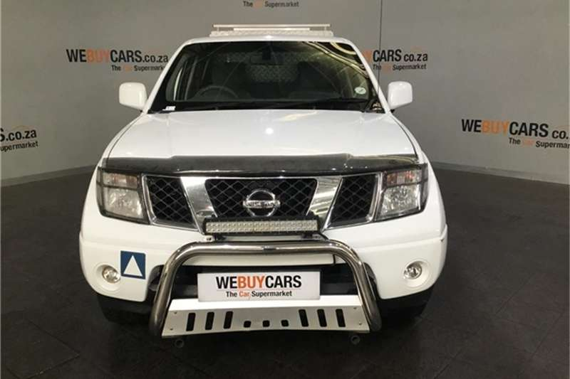 Nissan Navara 2.5dCi double cab LE 2011