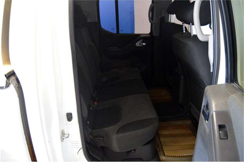2013 Nissan Navara Navara 2.5dCi double cab LE
