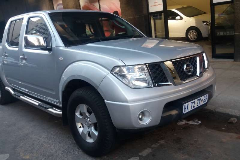 Nissan Navara 2.5dCi double cab titanium 2014