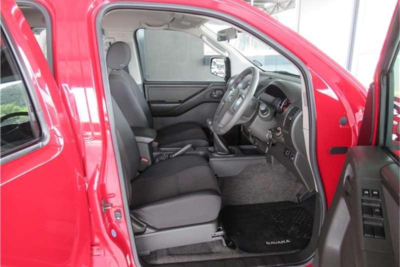 Nissan Navara 2.5dCi double cab XE 2013