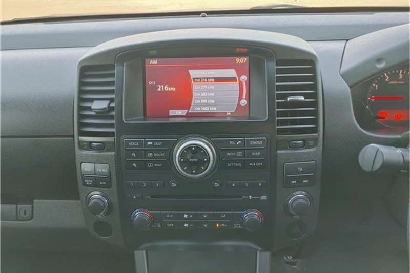 Used 2011 Nissan Navara 3.0dCi V6 double cab 4x4 LE