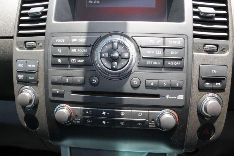 Nissan Navara 3.0dCi V6 double cab 4x4 LE 2015