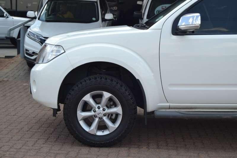 Nissan Navara 4.0 V6 4X4 LE D/C 2012