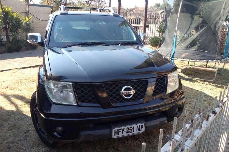 Nissan Navara 4.0 V6 double cab 4x4 LE 2009