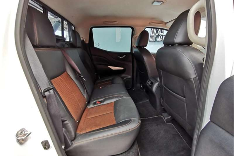 2019 Nissan Navara double cab NAVARA 2.3D STEALTH A/T D/C P/U