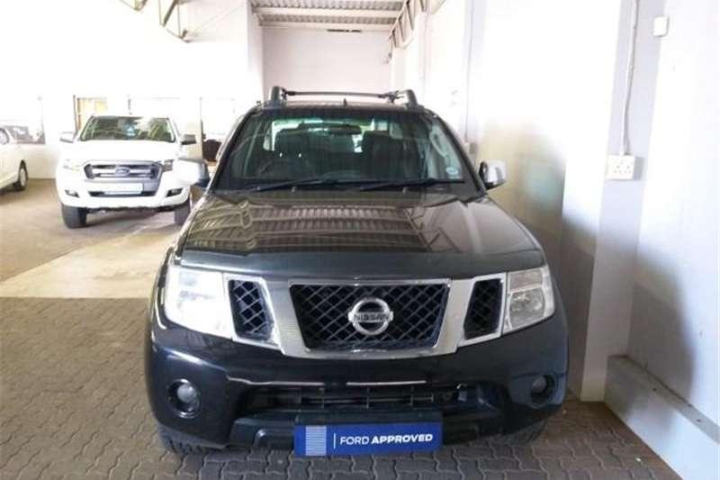 2011 Nissan Navara 3.0dCi V6 double cab 4x4 LE