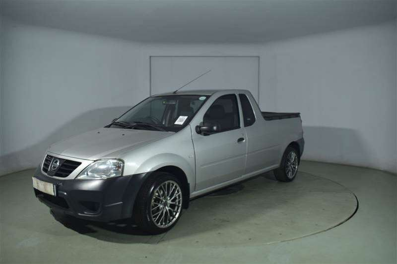 Nissan NP200 1.6 P/U S/C 2014