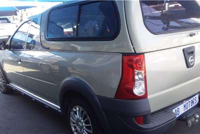 Used 2015 Nissan NP200 1.6i