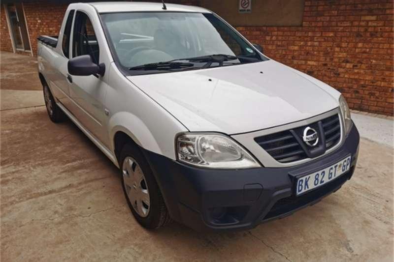 Nissan NP200 1.6i (aircon) 2011