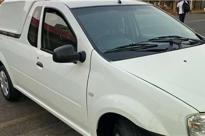 2012 Nissan NP200 NP200 1.6i (aircon)