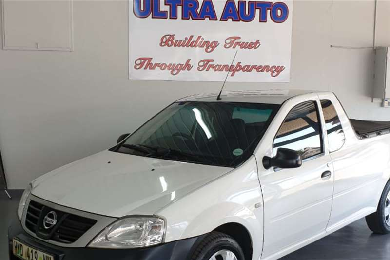 Used 2013 Nissan NP200 1.6i pack