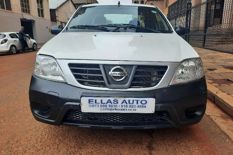 Used 2017 Nissan NP200