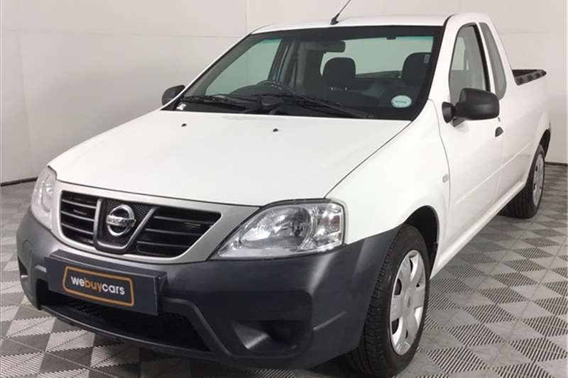 2019 Nissan NP200